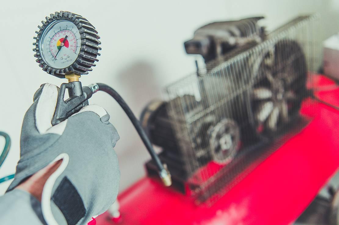 Kompresory śrubowe- co warto o nich wiedzieć?